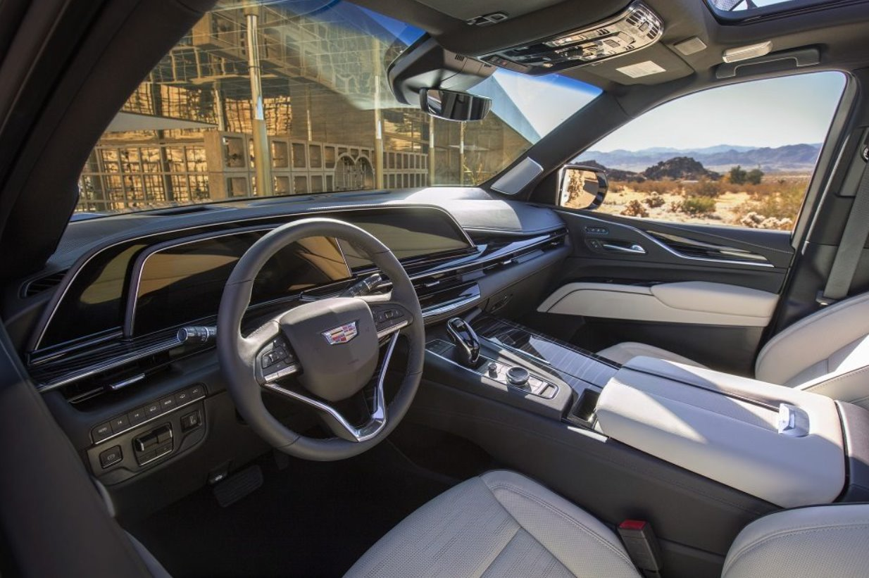 2021 Cadillac Lyriq Interior