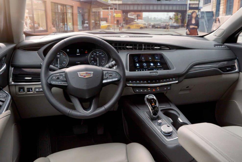 2022 Cadillac XT4 Sport Interior